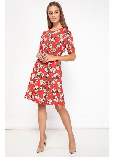 DeFacto Çiçek Desenli Elbise Kırmızı